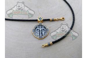 Распятие медальон с ликами святых